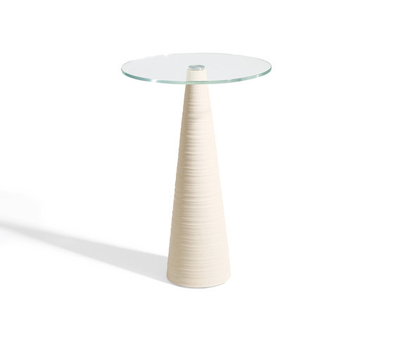 ED | 1080 by Draenert | Side tables