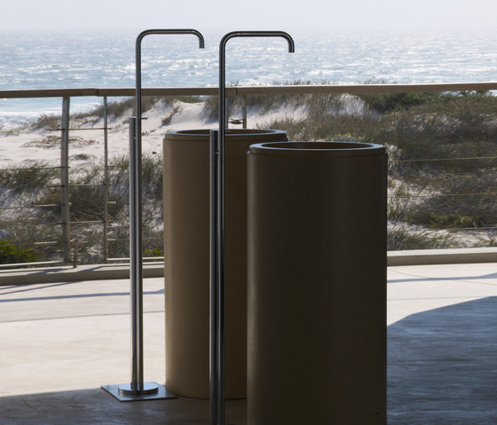 FS2 - Free-standing basin mixer by VOLA | Wash-basin taps