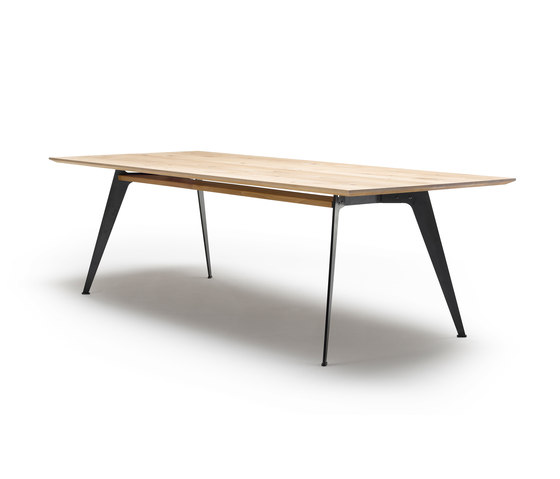 GM 3100 Clipper Table by Naver Collection | Dining tables