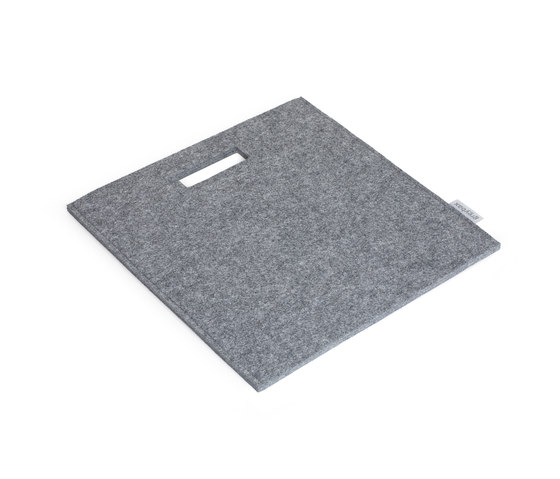 Sit On felt carry bag / seat cushion di greybax | Cuscinetti per sedie