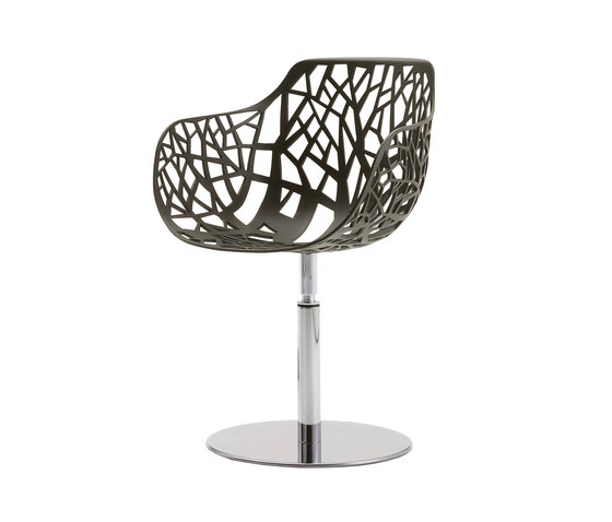 Forest swivelling armchair 02 by Fast | Garden chairs