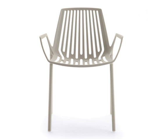 Rion armchair by Fast | Multipurpose chairs