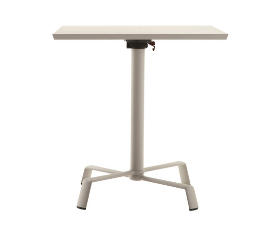 Tonik tabletop with base by Fast | Cafeteria tables