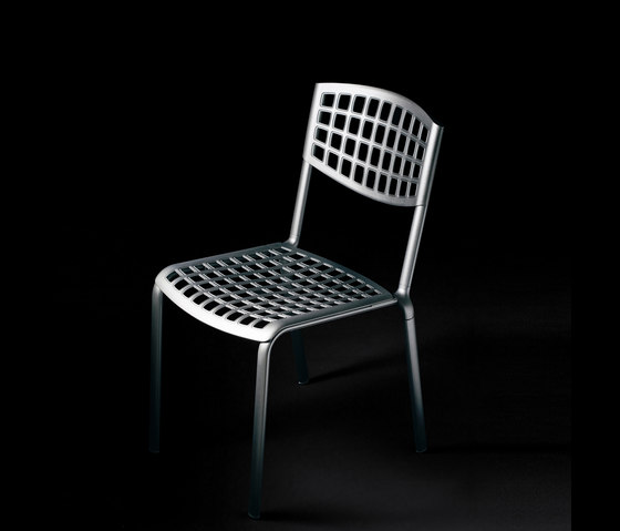Sophie Stacking Chair by Fast | Garden chairs