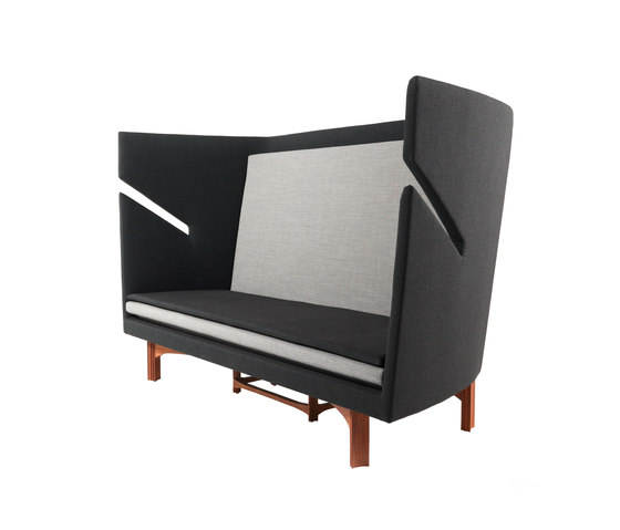 Open Privacy High-Back Sofa di Stellar Works | Divani lounge