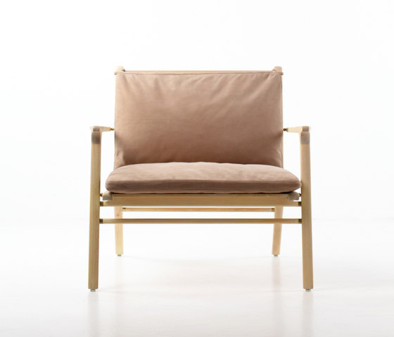 Rén Lounge Chair Large di Stellar Works | Poltrone lounge