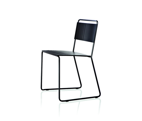 Estrosa Chair de ALMA Design | Sillas multiusos