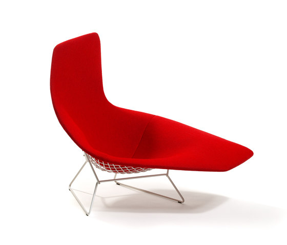 Bertoia asymmetric chaise by Knoll International | Chaise longues