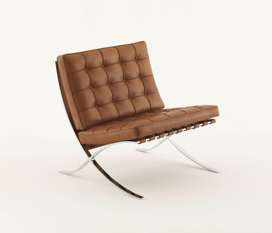 Barcelona Chair by Knoll International | Lounge chairs