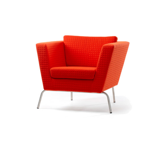 Wide Armchair di Stouby | Poltrone lounge