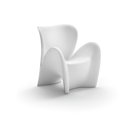 Linea Lily by MYYOUR | Garden armchairs