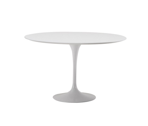Saarinen Tulip Dining Table de Knoll International | Mesas comedor