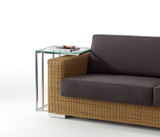 Combi high table by Point | Side tables