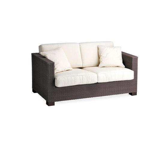 Box sofa 2 by Point | Garden sofas