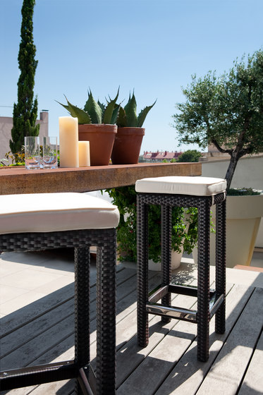 Box bar stool di Point | Sgabelli bar da giardino