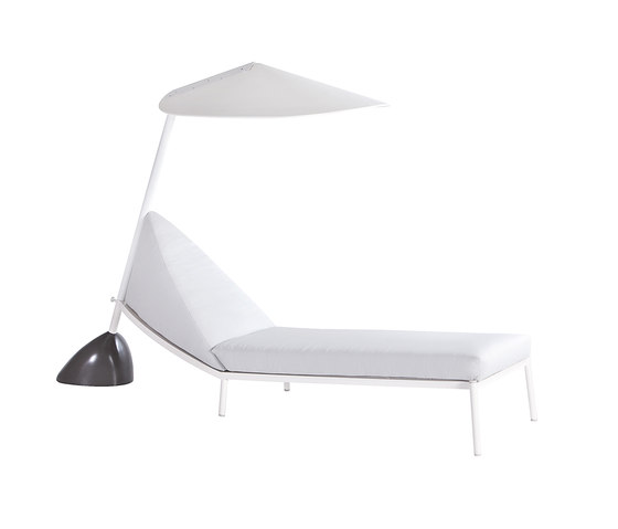 L.A. sun bed with umbrella di Point | Sdraio da giardino