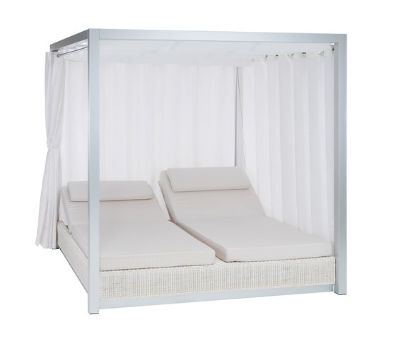 Sunset double sun bed with curtains by Point | Sun loungers