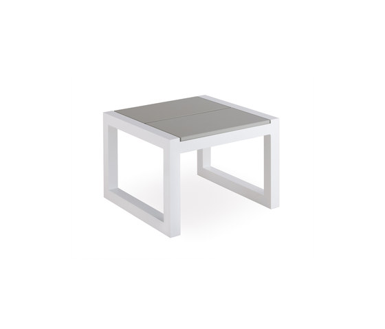 Weekend corner table de Point | Tables d'appoint