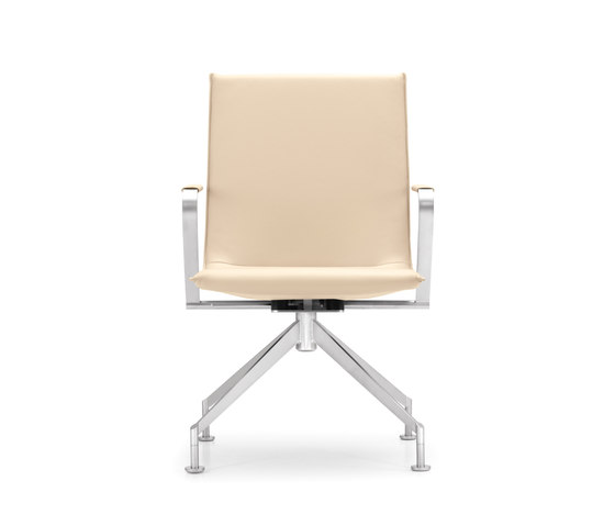 JACK 4-legged chair di Girsberger | Sedie conferenza