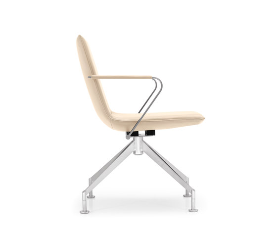 JACK 4-legged chair de Girsberger | Chaises de travail