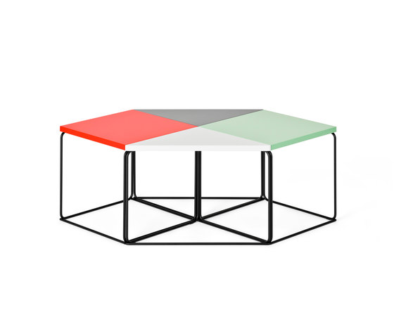 DL1 Tangram Side table by LOEHR | Side tables