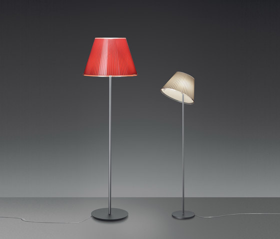 Choose Floor lamp by Artemide | General lighting