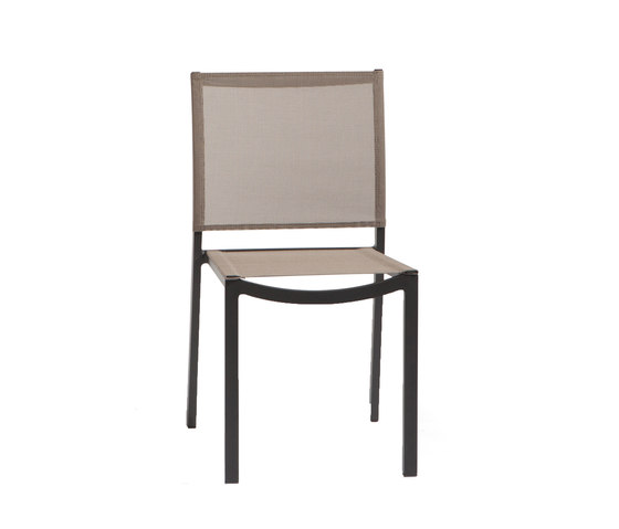 Enyo Dining Chair by Manutti | Garden chairs
