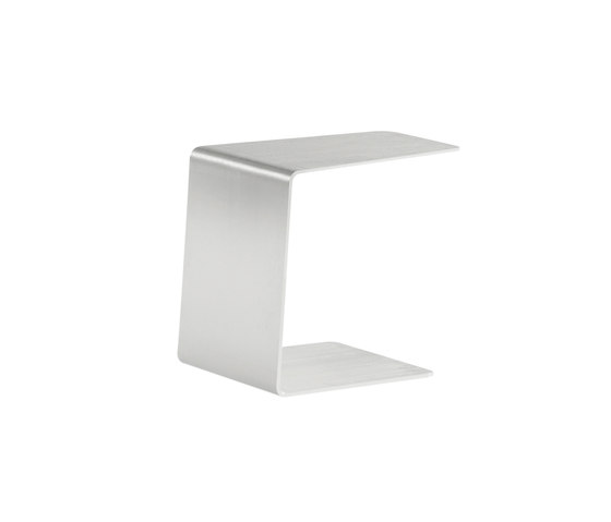 Closed sidetable 36 by Manutti | Side tables
