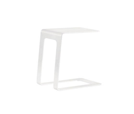 Open sidetable 32 by Manutti | Side tables