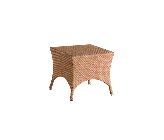 Laredo corner table by Point | Side tables