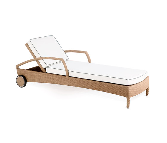 Breda sun bed by Point | Sun loungers