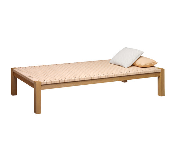 THEBAN by e15 | Day beds
