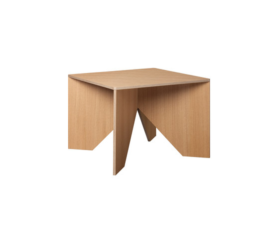 CALVERT by e15 | Lounge tables
