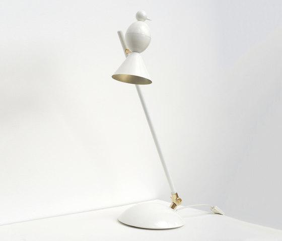 Alouette Slanted desk lamp von Atelier Areti | Allgemeinbeleuchtung