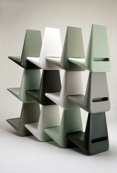 Link by Qui est Paul? | Shelving