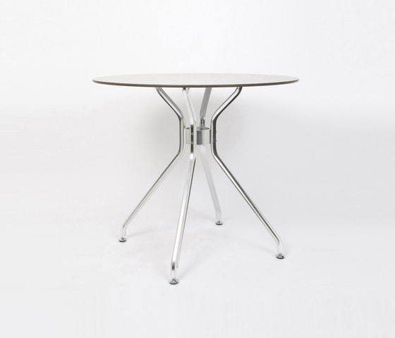Alu 4 table by seledue | Cafeteria tables