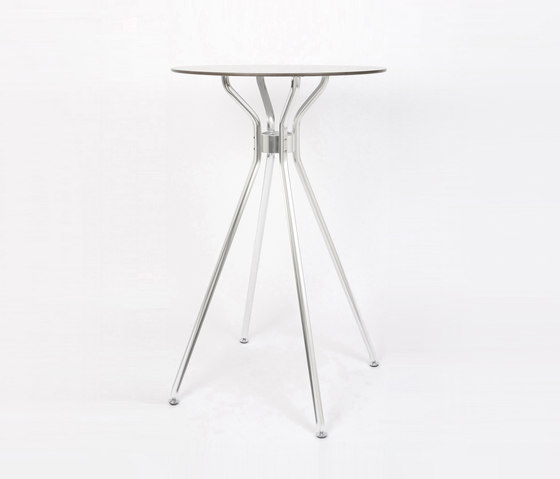 Alu 4 table by seledue | Bar tables