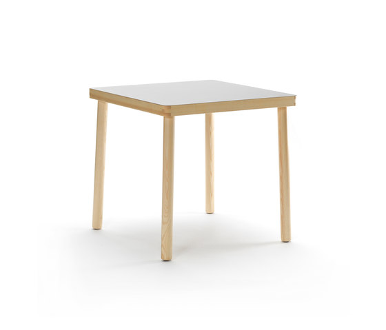 NICO Table by Zilio Aldo & C | Dining tables