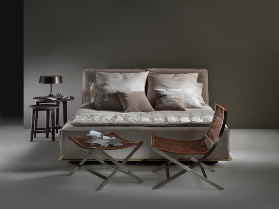 Grandemare Bed by Flexform | Double beds