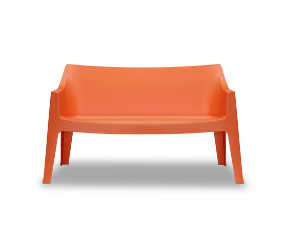 Coccolona sofa by Scab Design | Garden benches