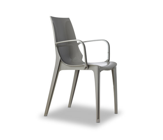 Vanity 315 by Scab Design | Restaurant chairs