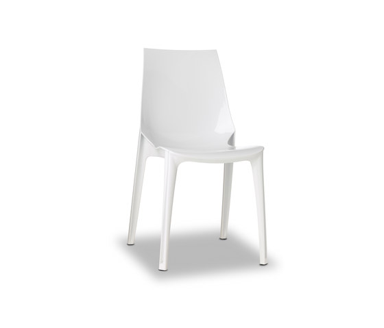 Vanity chair bianco by Scab Design | Restaurant chairs