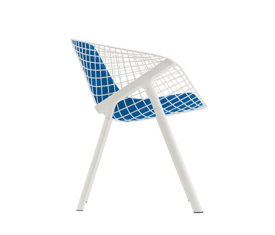 kobi chair pad medium 040|043 by Alias | Restaurant chairs