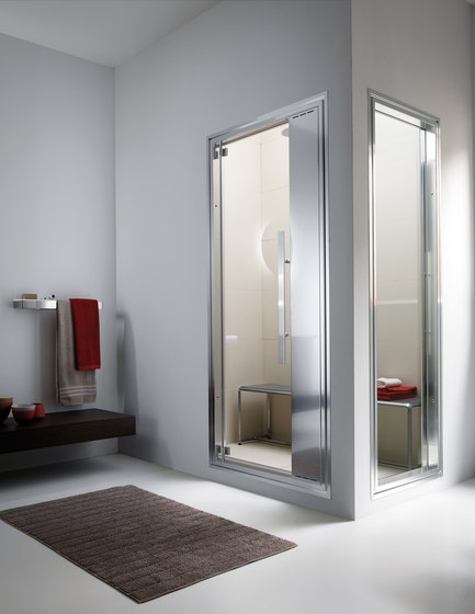 Omniasteam Touch 88 with Omnia 70 glass panel by EFFE PERFECT WELLNESS | Turkish baths