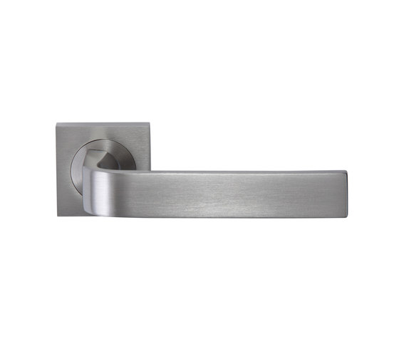 Slim Door handle by GROËL | Lever handles