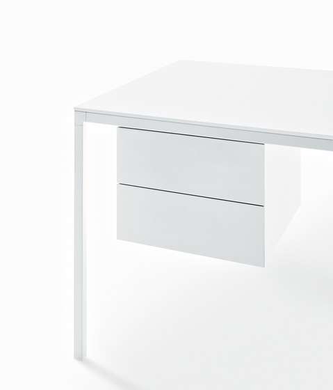 Helsinki Office by Desalto | Seminar tables