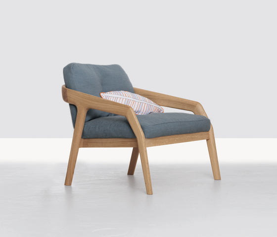 Friday by Zeitraum | Lounge chairs