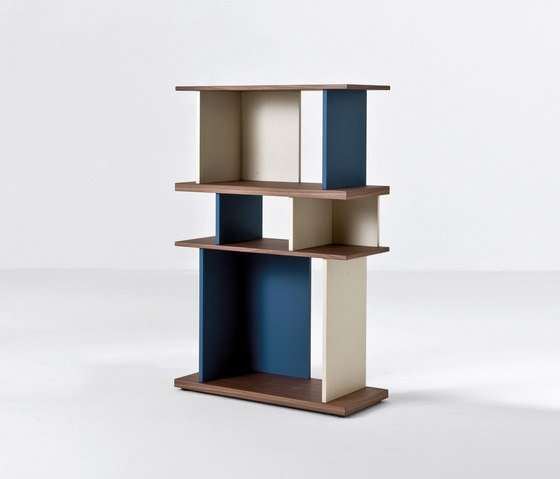 Nelson by Former | Shelves