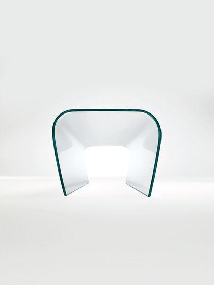 Bent Glass Bench de Glas Italia | Bancs d'attente
