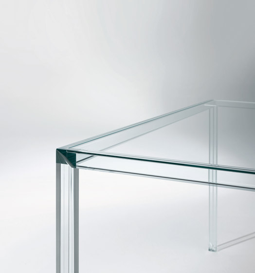 Luminous by Glas Italia | Dining tables